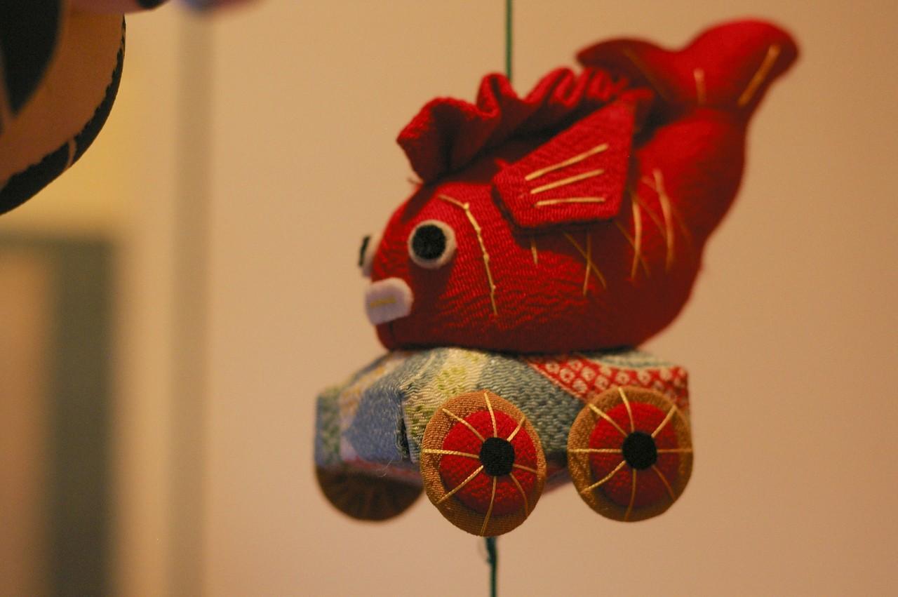時期を逸した感はありますが、ひな人形の展覧会に行きました。吊るし雛って可愛いですよね。