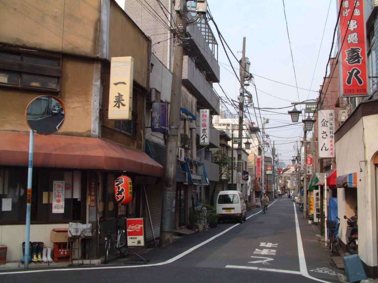 中野富士見町。2001年6月