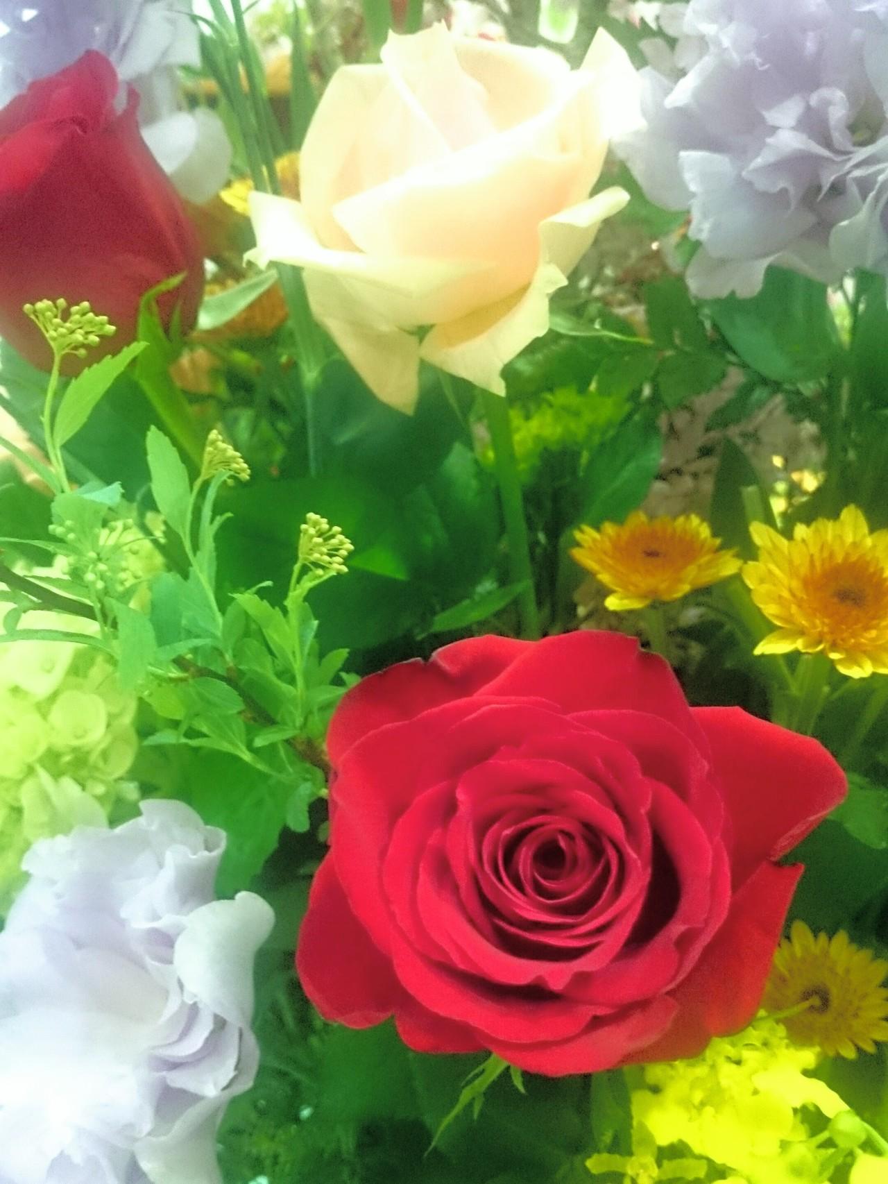 セレモニーの花は