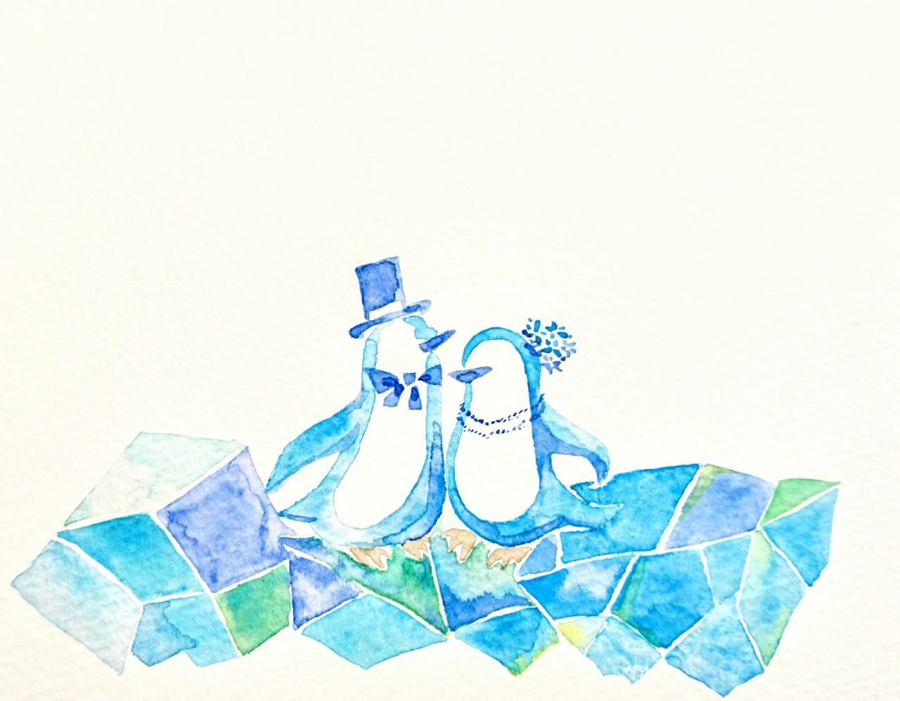 きらめく氷のステージで 寄り添う2匹は