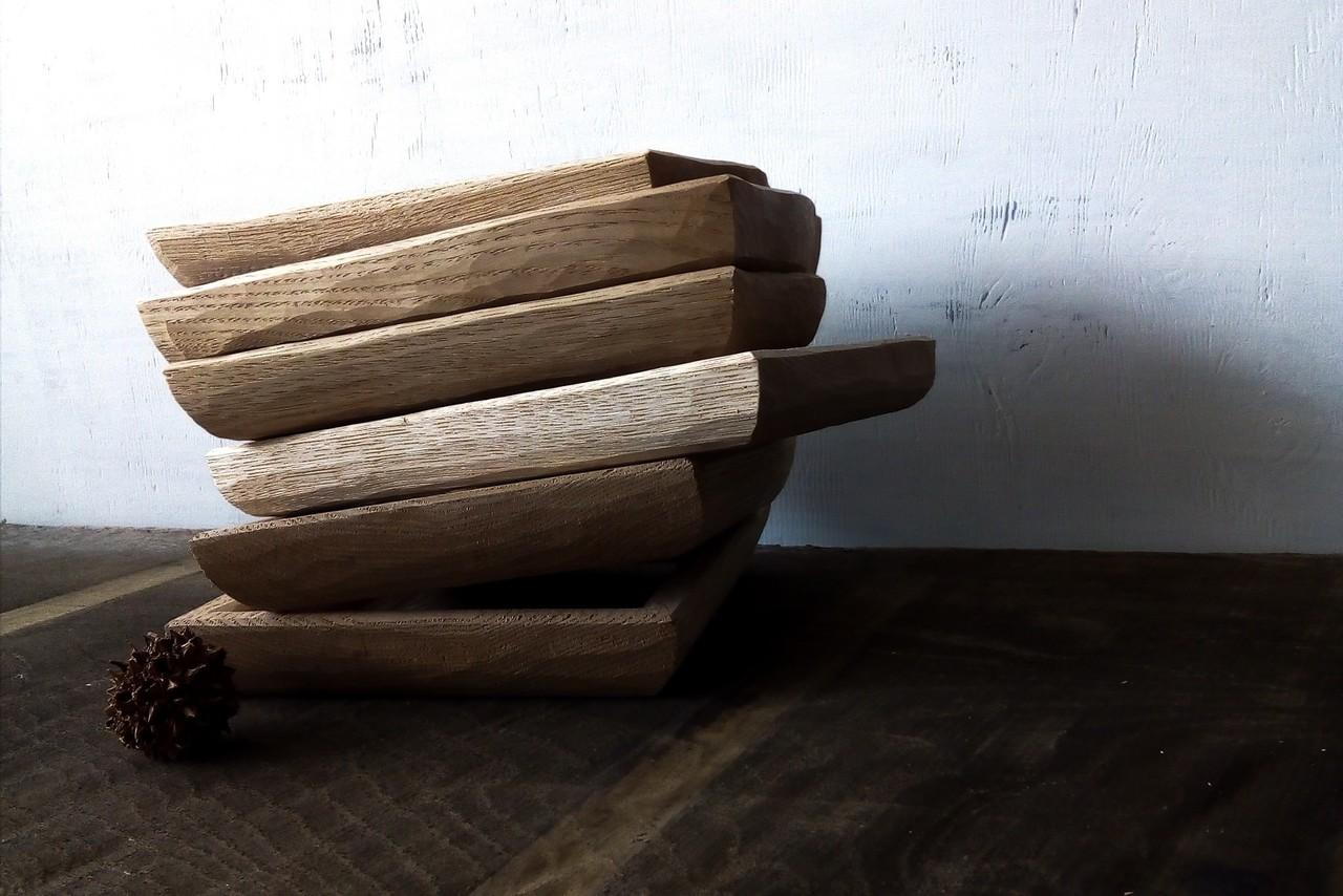 白木のトレイ皿です。