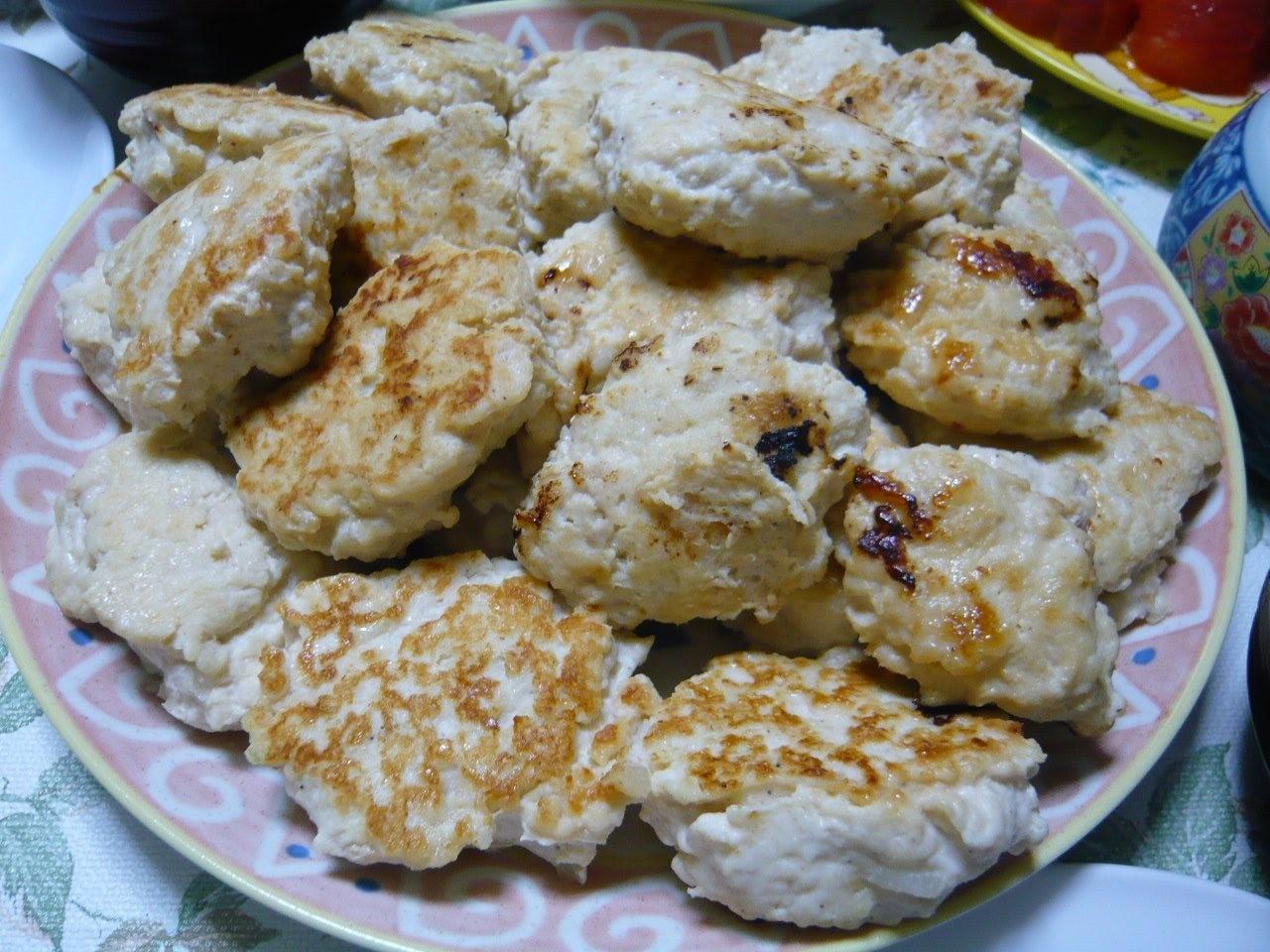 今日の晩御飯は豆腐ハンバーグ!!和風ソースとワサビで食べます(^o^)
