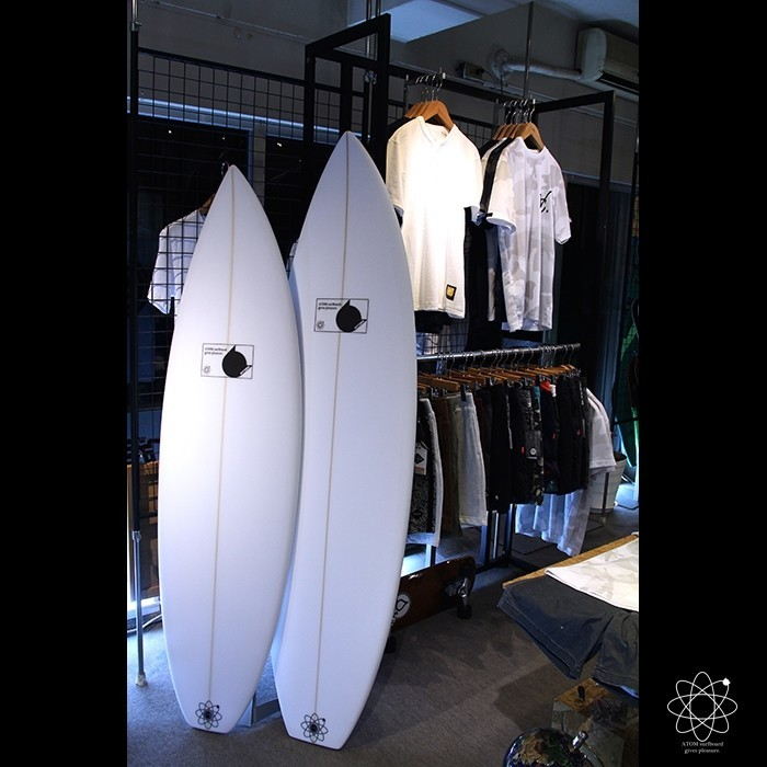 next bro.  Squawker & Leaps'n Bounds  https://atom.surf/  #surf #surfing #surfboard #atomsurfboard #customsurfboards #instasurf #surfinglife #japan #shizuoka #サーフ #サーフィン #サーフボード #アトムサーフボード #日本 #静岡 #squawker #leapsnbounds