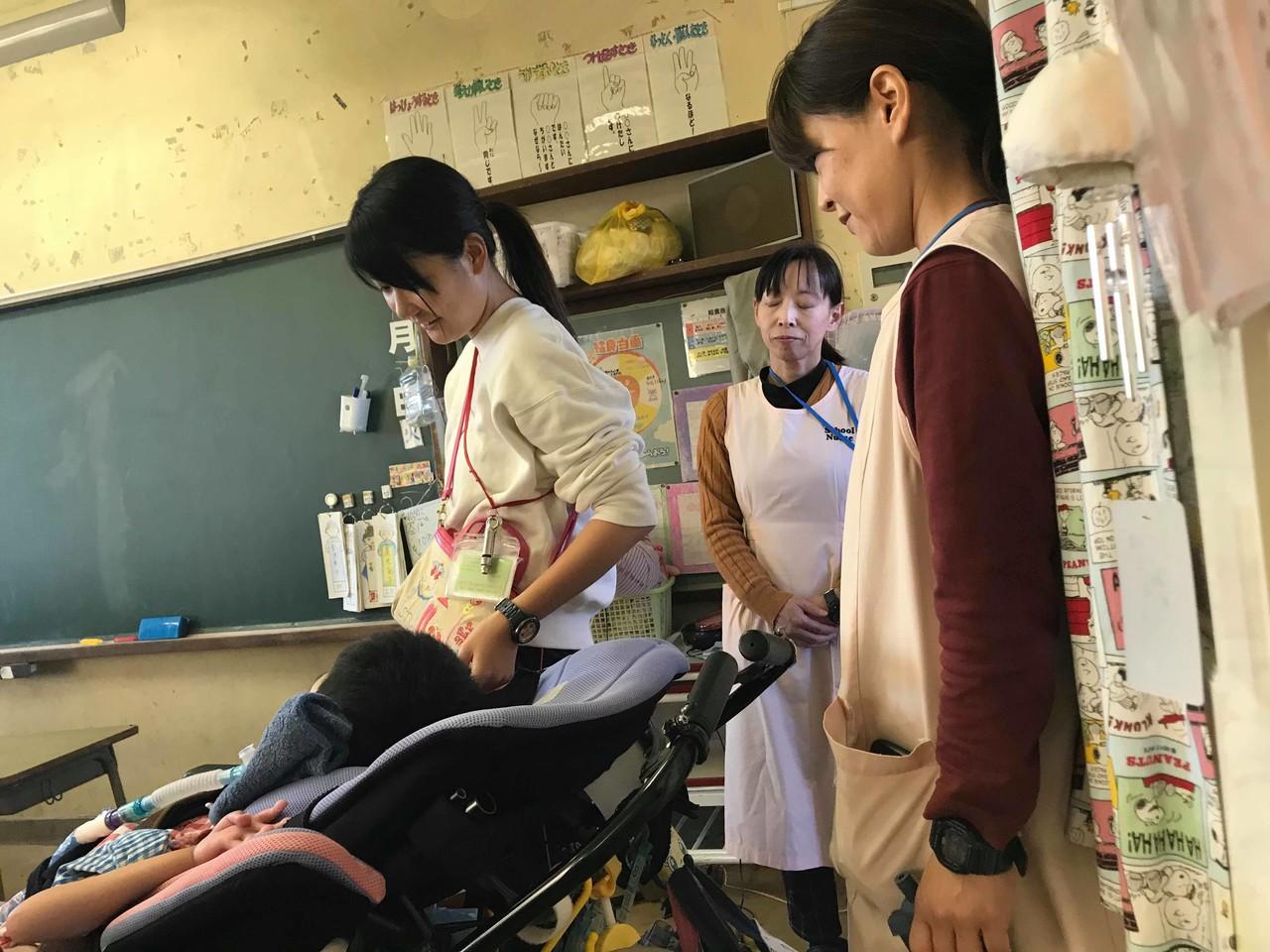 学校看護師さん達3人組