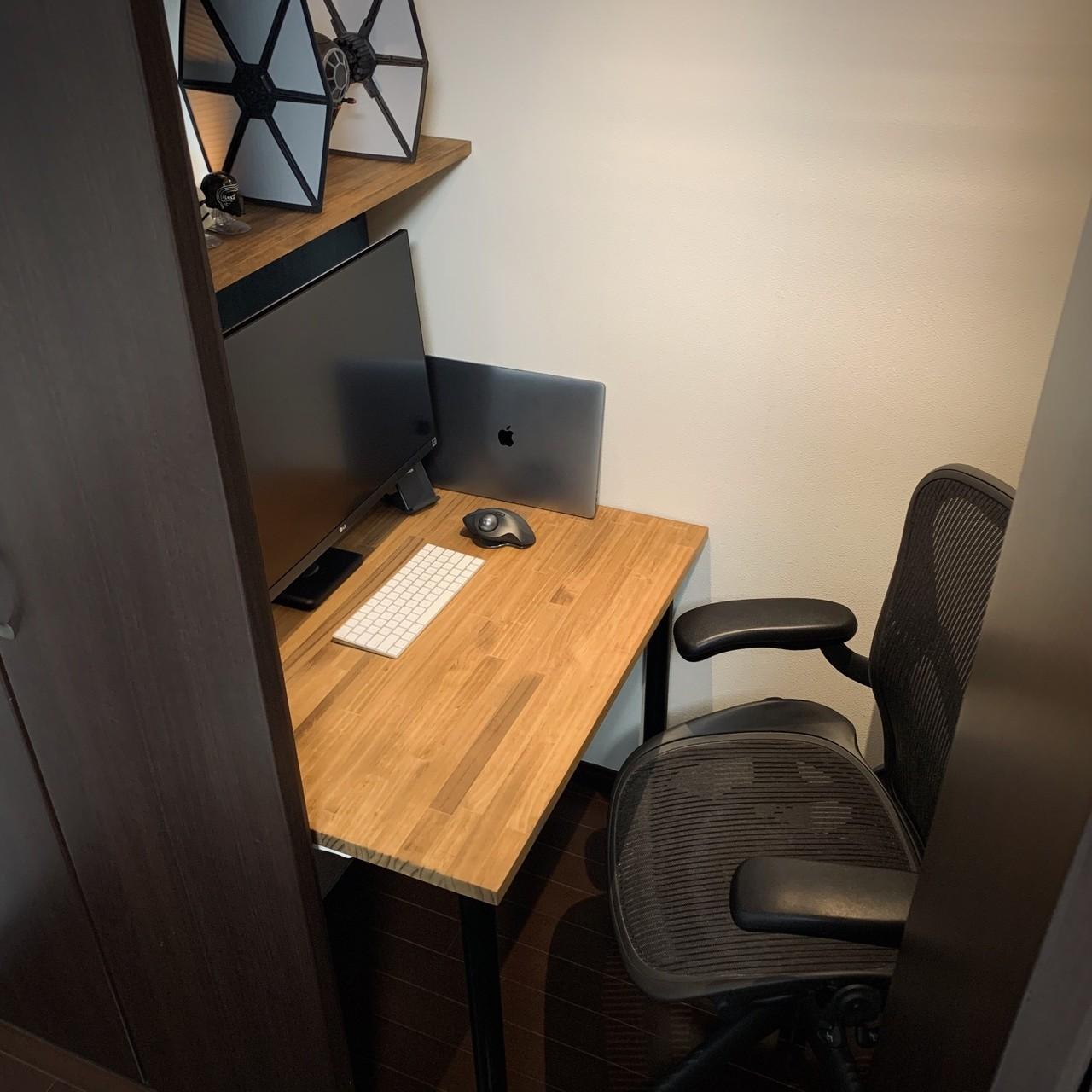書斎を明け渡すことになったのでクローゼットの中にオフィスを作った Nobuki Inoue Note