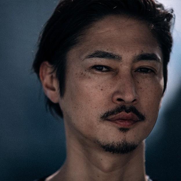 エモ い 俳優