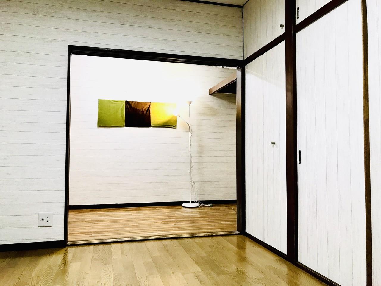 初めてのdiyリフォーム 22 3 6mの長い壁紙を横に貼りたい理由と挑戦の方法 素人ワーママdiy副業大家 ワーママ修行中 にこにこママ Note