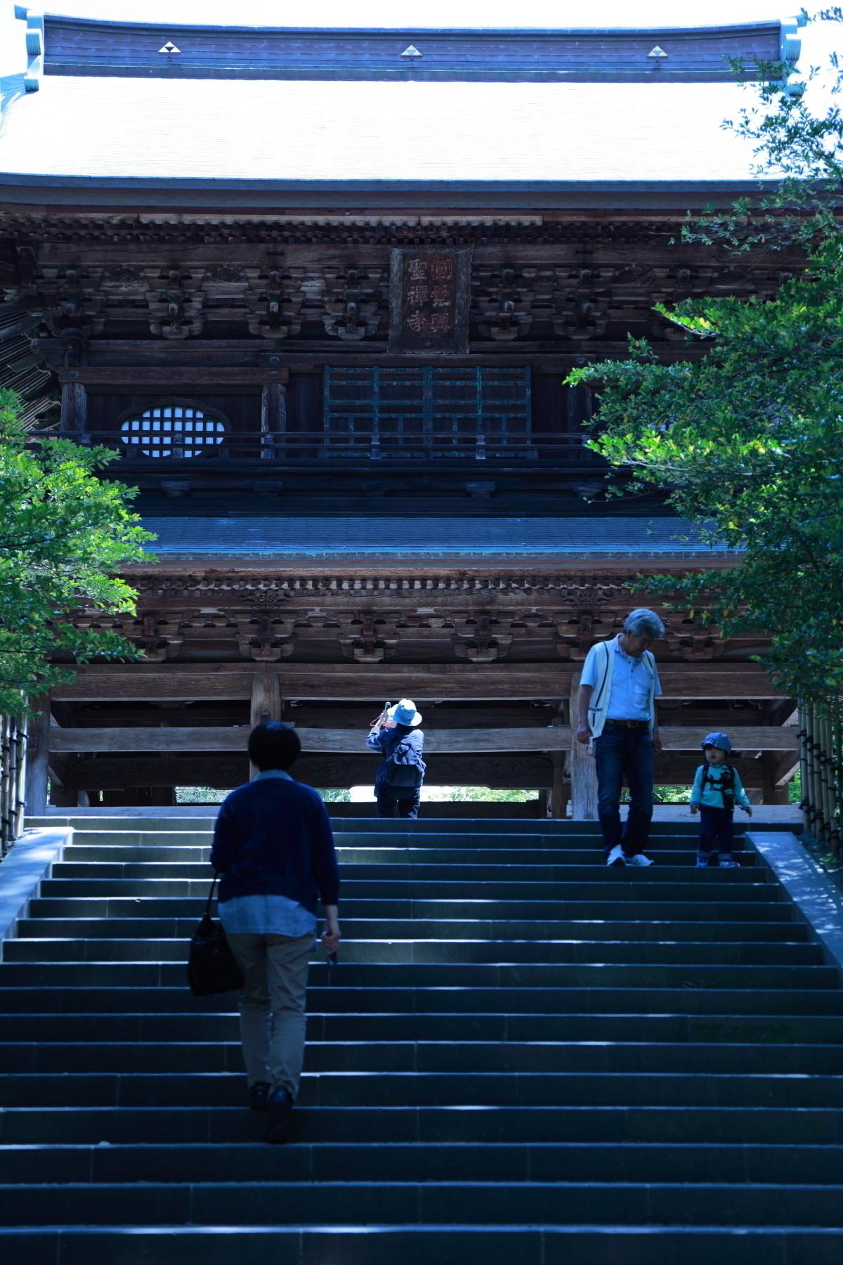 円覚寺山門 どうやっても納得いく写真がとれない難敵