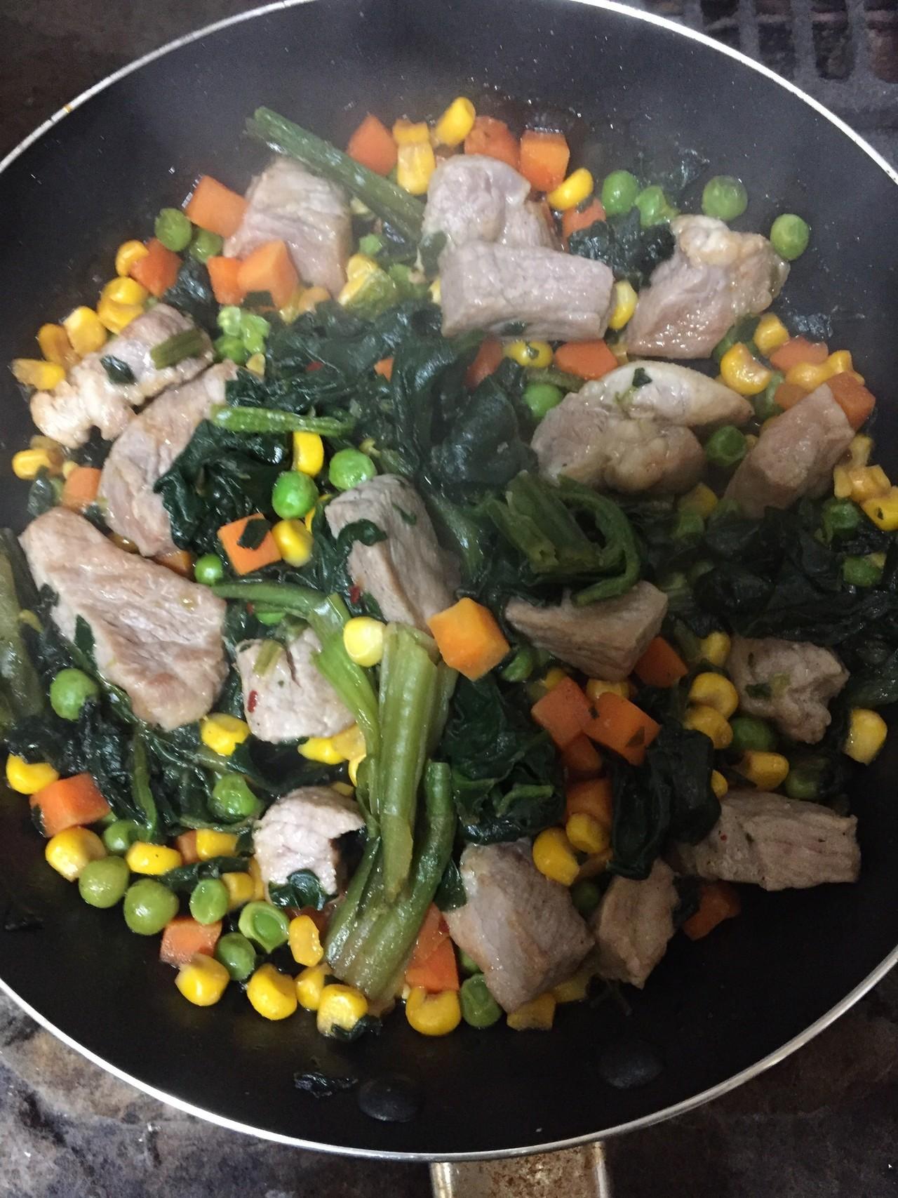冷凍野菜に肉、焼肉のタレ。既製調味料って鉄板なんですなあ