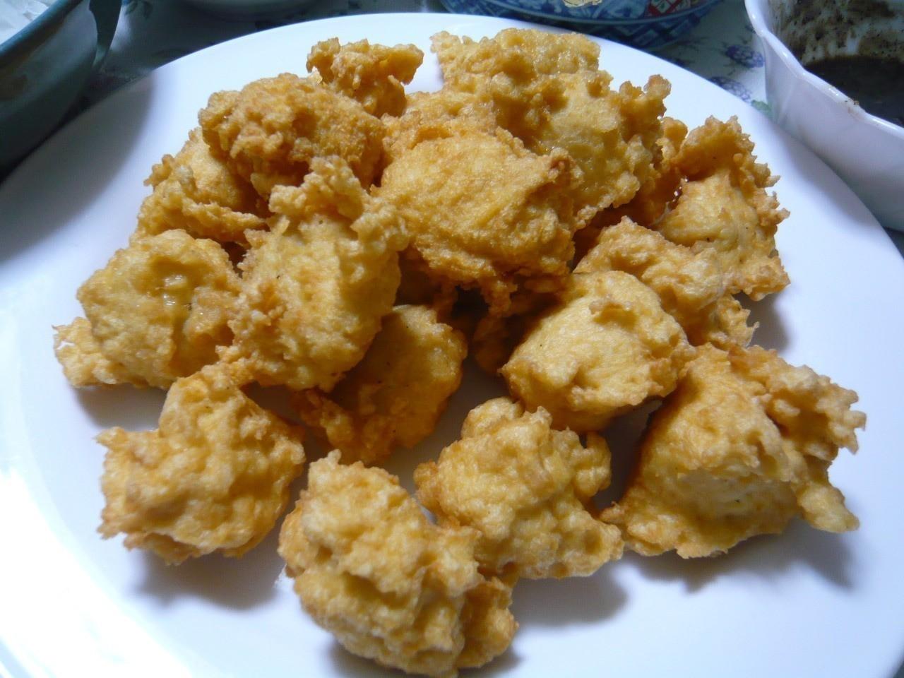 今日のメインディッシュはチキンナゲット!鶏ムネ肉をフードプロセッサーで挽いて作ります♪