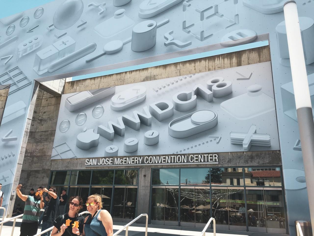 hey@WWDC2018! ただいまWWDCに来ており、現地の雰囲気を写真でお届けします!