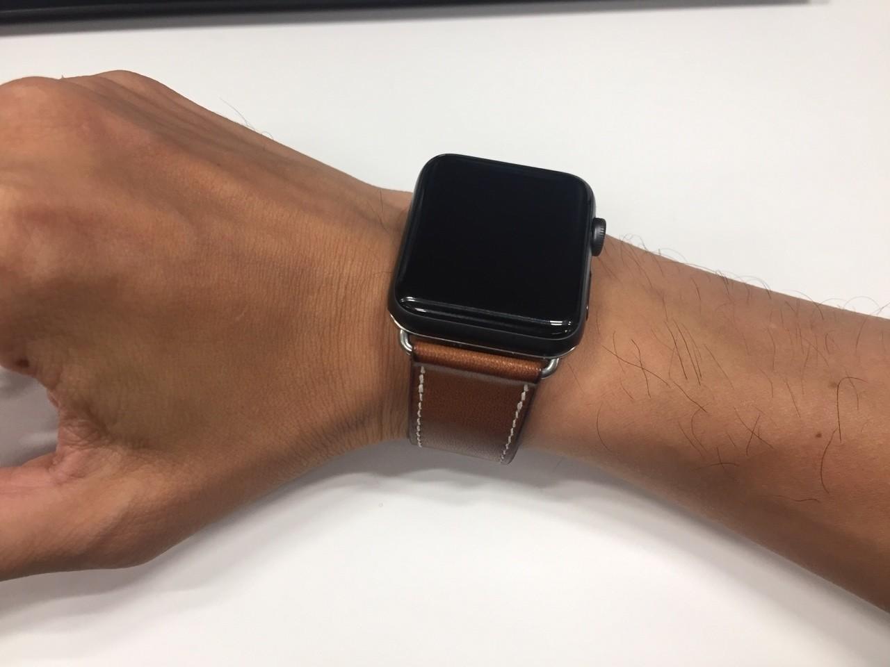 new arrivals 54216 c34a4 Apple Watchのエルメスベルト、本物と偽物を比較してみた ある ...