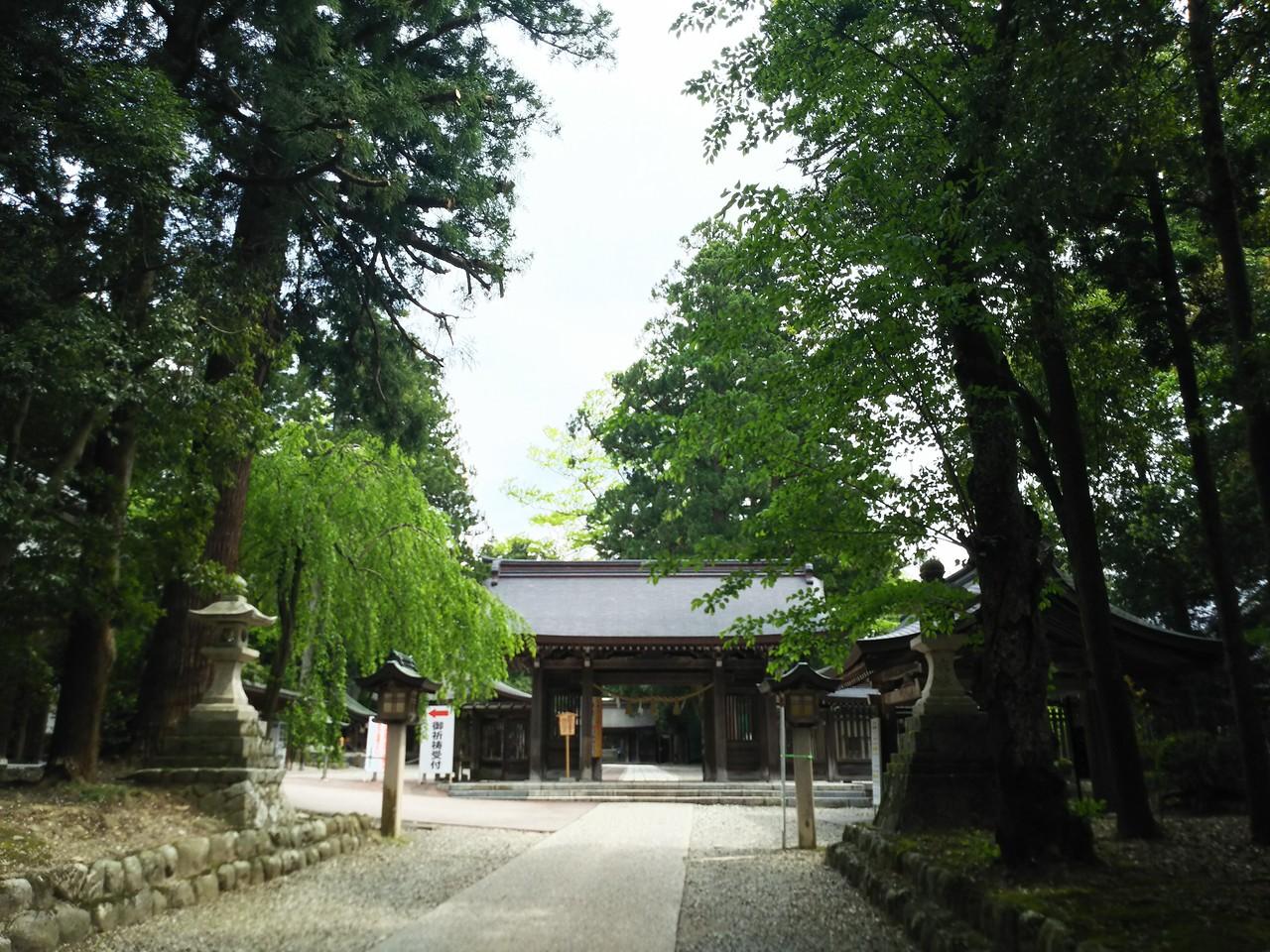 雄山神社芦峅中宮祈願殿